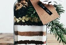 Gifts in a Jar / Cute, easy and useful homemade gifts.