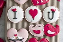 Creative Cookies / Cute ideas for decorating cookies; not necessarily difficult to do. Looking for recipes? Try my Goodies board.