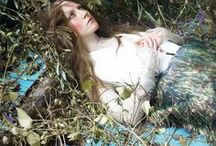 Oh, Ophelia / Oh, Ophelia, you've been on my mind girl since the flood Oh, Ophelia, heaven help a fool who falls in love