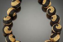 Necklace/Ketten