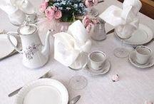 Obrusy lniane, eleganckie nakrycie stołu / Jak nakryć stół na różne imprezy rodzinne. Eleganckie i naturalne nakrycie stołu jest wizytówka naszego domu.