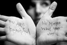CELEBRA L'AUTOSTIMA http://www.the-body-shop.it/ / Ci impegniamo a realizzare prodotti che facciano esattamente quello che dichiarano sull'etichetta, a comunicare con i nostri clienti in maniera chiara ed onesta, senza frasi ambigue e slogan ingannevoli.  In questo modo ti diamo la possibilità di scegliere per il meglio.  Il nostro motto? Conosci te stesso, ama il tuo corpo.