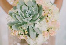 NTRLK SUCCULENT & FLOWER BOUQUET / SUCCULENT & FLOWERS are #blooming!