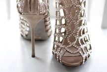 Trending Shoe Fashion, Style & Inspiration / Trending shoe fashion, style & inspiration on www.weddedwonderland.com for the modern, glam, classic and boho bride and fashonista.