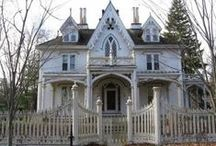 Abandon and Awesome Homes / by Brenda Simmons