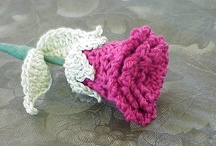 beautiful crocheted flowers and leaves and hearts / crocheted flowers and leaves and garden such and such / by Sherri McLaughlin