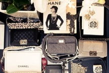 i love chanel / by Jeannine De Vos