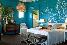 Bedrooms / by Jeannine De Vos