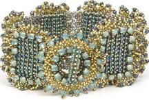 Beads bracelet / by Jeannine De Vos