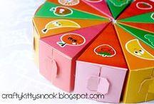 Free Printable Paper Fruit Cakes Box / Free Printable Paper Fruit Cakes Box