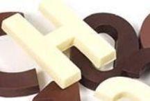 Chocolade letters / Deze chocolade is UTZ gecertificeerd. UTZ Certified Good Inside staat garant voor chocolade van uitmuntende kwaliteit, op een duurzame wijze verbouwd en verhandeld met respect voor zowel boeren als het milieu. UTZ Certified wordt ondersteund door Solidaridad, Oxfam Novib en WWF.