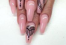 Nails / Un mix di idee per le unghie!  Alcuni sono miei lavori. Altre foto sono state trovate sul web..  I love Nails