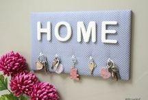 Créations en tissu ATELierNaT / pêle-mêle photos, déco murale, rangement, organiseur mural, porte-bijoux, cadre pour barrettes, porte-clés