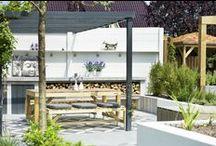 Tuinmeubelen / Heerlijk genieten van het buitenleven met deze comfortabele tuinmeubelen.