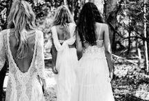 Ja, Wij Willen!  ♡ Bruidsjurken / Ja, Wij Willen! Het trouwprogramma bij RTL4. Jaarlijks worden er rond de 70.000 huwelijken gesloten in Nederland. Maar wat gaat daar allemaal aan vooraf? Hier genoeg inspiratie voor de ideale bruidsjurk.