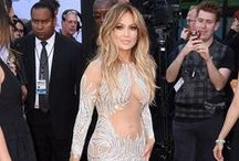Celebrity Red Carpet Dresses / Dresses that celebrities - from Rihanna to Kim Kardashian - wear at big red carpet events like the Grammys, EMAs, BAFTAs and Met Gala