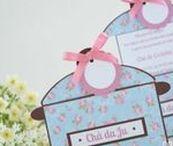 Chá de Cozinha | Floral Azul / Convites e papelaria personalizada para chá de cozinha com estampa floral provençal e fundo azul.