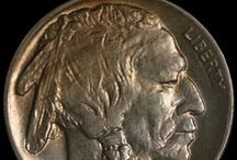 Buffalo Nickels (1913 Type 2-1919 ) / The Buffalo Nickel is distinctive in its own way, considered by collectors a truly unique American work of art. The coin portrays the American Indian on the obverse and the Buffalo or Bison on the reverse. Its designer, James E. Fraser, accurately portrayed the male Native American on the obverse and an American buffalo on the reverse by using three different Indians and a real bison from New York Central Park Zoo as models.