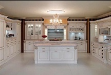 IMPERIAL  - Classic Design / Imperial classic design is a combination of tradition, passion and design where natural elements, as stones, are melted with artisan ornaments. Every kitchen is characterized by a craft-made that distinguishes the uniqueness of this model. A piece of art...