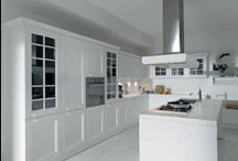 YLENIA - Traditional design / Traditional design in a today's home.  Ylenia is a country modern kitchen model, prestigious to the modern lifestyle. Rich of history, Ylenia is made for the unusually shaped rooms in our today's homes.