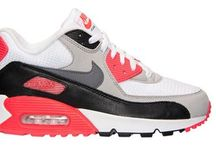 "Nike Air Max Repository / ""Love is in the Air (Max)"""