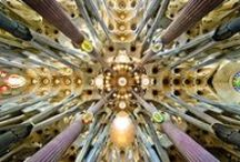 La Sagrada Familia / One of the most spectacular buildings in Barcelona and part of the city's skyline, the Sagrada Familia is Antoni Gaudí's unfinished masterpiece.