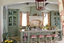 Kitchens / by Deonelle Jooste
