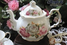 ...and Tea Pots / by Jackie
