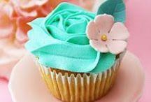 Cake decorating / cupcakes!