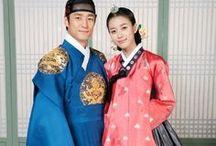 HANBOK / TRADITIONAL KOREAN DRESS.