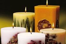 CANDLES / CANDLES OF DIFFERENT DESIGNS, COLORS AND SCENTS.