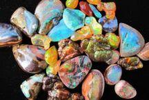 Gems & Minerals / by Jerika Margo
