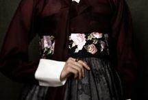 hanbok / Korean traditional dress.