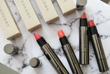 LUSTWORTHY BEAUTY / Gorgeous shots, reviews and info on some of some of the best loved beauty products!