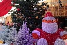 Noël 2012 à Sainte-Maxime / Le Chapiteau du Théâtre de la Mer a accueilli du 15 décembre 2012 au 6 janvier 2013 les animations de Noël. La bibliothèque magique, la venue du Père Noël en paddle, les ateliers créatifs, les exposants et les manèges... Autant d'activités qui vous ont réservé bien des surprises !  Vous aussi, envoyez-nous vos photos de Noël à Sainte-Maxime à monsouvenirdesaintemaxime@gmail.com !