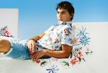 MEN | SUMMER LEAVES A PRINT / Every Summer has its own fashion story, and this season is truly enchanting by the numerous prints. Bold, wild, delicate or in full bloom: the floral print takes the lead. Our summer items are perfect for a picnic in the park or a festival under the sun, if possible accompanied by friends, cool beer and relaxing beats. This will be a season you'll never forget. This Summer… is magic!
