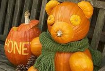 It's Carvin' Time! / Inspiration for carving pumpkins and other Halloween-inspired decor- it's that time of year again!