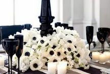 STYLE GUIDE: BLACK AND WHITE / Doesn't get more classic than a black and white wedding. Herewith all sorts of inspiration.