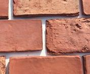Real Thin Brick Elegant Collection / Traditional Elegant Thin Brick - The Elegant collection features thin brick tiles with more subtle texture and a smoother surface. These thin brick tiles have straight edges and a more modern, refined design, yet look over a 100 years old.