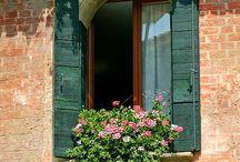 ITALIAN STYLE HOUSE