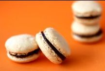 Macarons Galore / Who doesn't like macarons? Follow this board for recipes and more! / by Feride | AZ Cookbook