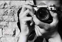Meu hoby é fotografar / O ATO DE FOTOGRAFAR Ansel Adams Não fazemos uma foto apenas com uma câmera; ao ato de fotografar trazemos todos os livros que lemos, os filmes que vimos, a música que ouvimos, as pessoas que amamos.