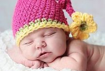 Newborn Crocheted Outfits / A Collection of Newborn Crocheted Outfits
