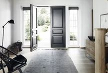 Come on in! / Entryways, hallways and staircases