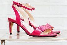 Damenschuh-Trends Frühjahr/Sommer 2016 / Sie können den Winter nicht mehr ertragen? Kein Problem, wir bieten Ihnen einen Einblick in die Damenschuh-Trends für den Frühjahr/Sommer 2016 mit wunderbaren Pastellfarben, Nude- und Metallictönen. Die neue Kollektion an Damenschuhen glänzt mit einer Vielfalt an Pumps, Ballerinas, Sandalen und sommerlichen Sneakers. Werfen Sie jetzt einen Blick auf die Damen Trendschuhe von Clarks: http://www.clarks.de/de-de/features/vorschau-damenkollektion-fruehjahr-sommer