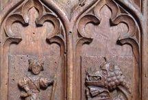 Arte lignaria storica / Raccolta di oggetti e mobilio antico dal Gotico internazionale fiorito al '800