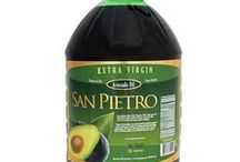 Chilean Extra Virgin Avocado Oil / San Pietro's production efficiency & concern for the environment have lead them to obtain a delicate and natural avocado oil with unique flavor & aroma. These attributes are recognized and awarded in important contests and tasting events worldwide. They have low levels of acidity & high levels of polyphenol content. They are low in calories, help reduce bad cholesterol & have anti-oxidant properties. Ideal for young spirited people that want to take care of their bodies.