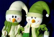arbol de navidad. / disfruto la navidad y me gusta compartir con toda la familia. / by ruth miriam molina gajardo