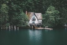 In my dreams my house looks like this. / What I think about, when I think about my house.