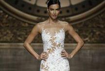PRONOVIAS 2016. PASARELA GAUDÍ 2015 / Pronovias Fashion Show at Barcelona Bridal Week 2015. Desfile de Pronovias en la Barcelona Bridal Week 2015 #Brides #Barcelona #Bridal http://www.barcelonabridalweek.com/en/